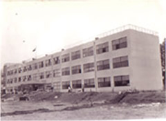 昭和38年(1963) 芝山中学校建築の受注をきっかけに、建設業へ